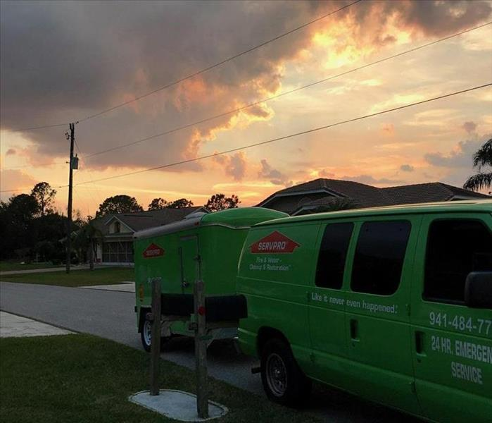 SERVPRO of Venice on the job at sunset